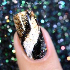 By @sveta_sanders Marble Nail Art, Acrylic Nail Art, Glitter Nail Art, Beautiful Nail Art, Make Up, Color, Designed Nails, Floral Nail Art, Gel Nail Art