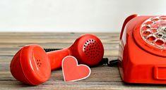 Ευχές και μηνύματα για την ημέρα των ερωτευμένων προς όλα τα ζώδια… Landline Phone, Kai, Chicken