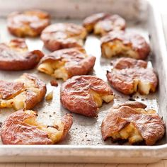 Roasted Salt and Vinegar Potatoes -- Making crispy potatoes that are imbued with vinegar and salt wasn't as easy as shaking a shaker and drizzling on vinegar. Salt And Vinegar Potatoes, Potato Dishes, Potato Recipes, Side Recipes, Brunch Recipes, Dinner Recipes, Kitchen Recipes, Cooking Recipes, Recipes