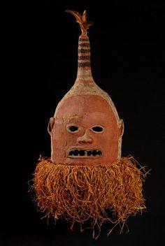 "Initiation mask-helmet ""cikunza"" or ""Makishi"" - Chokwe - Angola / 115 Zaare"