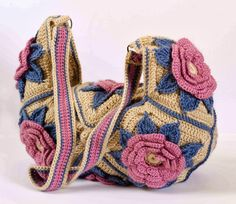 with step-by-step pictures can be found at IrishCrochetLab .                    Happy crocheting, my friends!