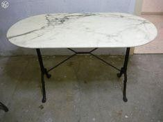 Table bistrot marbre et fonte Bon état