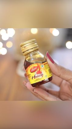 Beauty Tips With Honey, Beauty Tips For Glowing Skin, Beauty Skin, Face Skin Care, Diy Skin Care, Skin Care Tips, Healthy Skin Care, Good Skin Tips, Skin Care Routine Steps