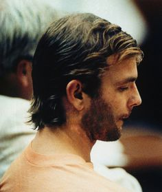 Jeffrey Dahmer was a serial killer who murdered 17 men during in the US. Read about his crimes, capture, trial and murder. Serial Friends, Jeffrey Dahmer, Natural Born Killers, Pretty Men, Horror Stories, Horror Films, Serial Killers, True Crime, Bad Boys