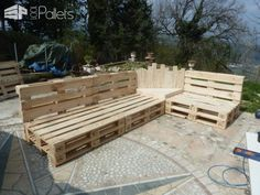 Outdoor Pallet Sectional Set / Maxi Divano Fatto Con I Pallet Lounges & Garden Sets Pallet Sofas