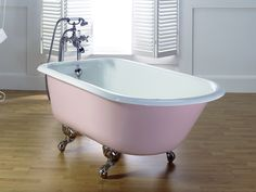 Shop our range of luxurious classic roll top baths. Perfect for small and large spaces, a roll top bath makes the perfect centrepeice to any bathroom. Bathtub Shower Combo, Cast Iron Bathtub, Bath Paint, Bad Styling, Roll Top Bath, Contemporary Bathrooms, Clawfoot Bathtub, Freestanding Bathtub, Pink Bathtub