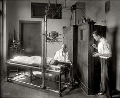 Radiology, 1920, emergency hospital interior