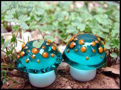 Glass Lampwork Mushroom Beads - Dreadlock by andromeda
