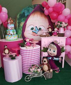 Painel Redondo 40 Inspirações Imperdíveis Tendência para festa em 2019 Baby Birthday Cakes, Bear Birthday, Birthday Table, Girl First Birthday, 2nd Birthday Parties, Balloon Decorations, Birthday Decorations, Marsha And The Bear, Bear Party