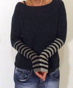 Fashion Tips Hijab Ravelry: Okapi.Fashion Tips Hijab Ravelry: Okapi Knitting Stitches, Knitting Designs, Free Knitting, Knitting Projects, Diy Pullover, Okapi, Moda Emo, Ravelry, Knitting Patterns