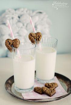 Valentine's Cookies (from celebratingeverydaylife.com)
