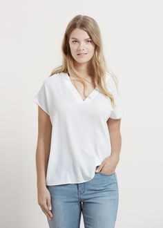 Flowy textured blouse -  Women | MANGO