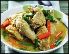 Resep Kare Ayam  Resep Kare Ayam merupakan sebuah masakan tradisional yang berasal dari pulau Jawa dan menjadi ciri khas. Untuk membuatnya sangatlah mudah. Yuk simak resepnya berikut ini.