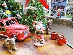 ハワイアンサンタのボビングドール販売 アメリカ雑貨のテーマパーク!キャンディタワー