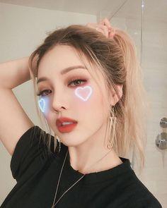 Pony makeup – 박혜민 – 포니 – Park Hye Min – Korean makeup artist – Pony be… - Korean Beauty Asian Hair And Makeup, Korean Makeup Look, Korean Makeup Tips, Korean Makeup Tutorials, Makeup Guide, Korean Beauty, Contour Makeup, Beauty Makeup, Eye Makeup