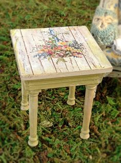 Floral Basket Side Table by MaritzaMiniatures on Etsy