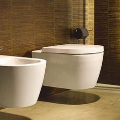 Découvrez le modèle de WC Me by Starck de la marque Duravit dans votre magasin Espace Aubade !
