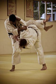 do judo