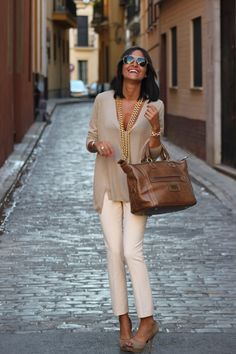 Love this look...it's classy, elegant but still casual! 38 Top Street style