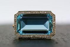 Art Deco Aquamarine Brooch - Antique Art Deco Aquamarine & Diamond 18ct Gold and Platinum Brooch
