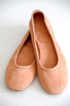 EVA :: Suede ballet flats :: ELF handmade :: etsy