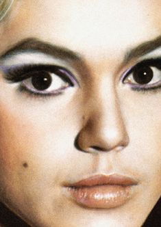 Love edie sedgwick's look. the beautiful trainwreck and fashion icon.- STYL… Love edie sedgwick's look. the beautiful trainwreck and fashion icon.- STYLE DECORUM www. Makeup Inspo, Makeup Inspiration, Beauty Makeup, Hair Makeup, Makeup Ideas, Edie Sedgwick, Andy Warhol, Retro Makeup, Iconic Makeup