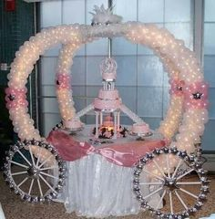 wedding cake table or princess party table. I have a friend that has a ballon buisness for. Cinderella Sweet 16, Cinderella Theme, Princess Theme, Cinderella Wedding, Cinderella Carriage, Wedding Disney, Disney Theme, Princess Birthday, Princess Carriage