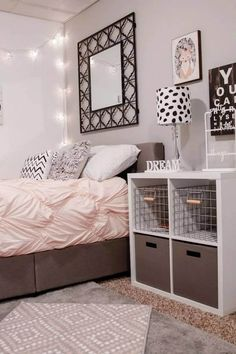 Teen girl bedrooms, grab this suggestion for a total imagininative teen girl room styling, make-over number 1262900902 Small Room Bedroom, Small Rooms, Home Decor Bedroom, Bedroom Ideas, Baby Bedroom, Blush Bedroom, Bedroom Images, Dorm Room Doors, Small Bedroom Organization