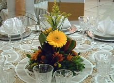 arreglos florales para centros de mesa de bodas - Google Search