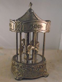 $29 Wallace Silver Plated Music Box Carousel w 4 Horses Works | eBay