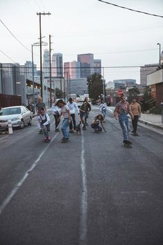 Skate Girls: Vanessa Torres The Effective Pictures We Offer You About Skateboarding for girls A quality … Summer Aesthetic, Retro Aesthetic, Aesthetic Photo, Aesthetic Pictures, Best Friend Pictures, Friend Photos, Shooting Photo Amis, Photos Bff, Skate Girl