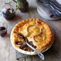 3 Gourmet Pie Recipes That Will Have You Addicted To Pastry Venison Pie, Cooking Venison Steaks, Venison Recipes, Venison Chili, Deer Recipes, Game Recipes, Recipies, Uk Recipes, Steak And Kidney Pie
