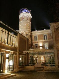 Amiens: Maison de Jules Verne - extérieur nuit