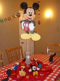Resultado de imagen para centros de mesa de la casa de mickey mouse