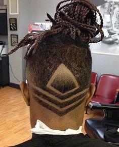 Dreadlocks und Fade Haarschnitt