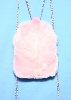 SOMEWHERE NOWHERE Baby Pink Faux Fur Drawstring Backpack- Made from Acrylic/Polyester Mix - Small inner pocket- Adjustable drawstring- Snappy fastening - Large internal compartment Width: 27cmLength: 32cmDepth: 6cm