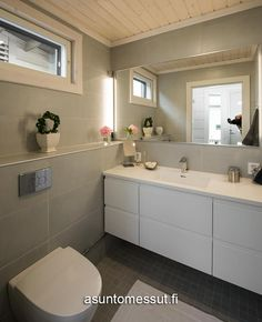 Loft Style Homes, Bathroom Storage, My Dream Home, Townhouse, Toilet, Bathtub, Finland, Bathrooms, Decoration