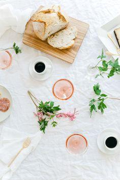 apothic rose hibiscus spritzer recipe | via: wit & delight
