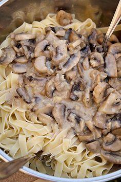 Vegan Foods, Vegan Recipes, Stuffed Mushrooms, Food And Drink, Vegetarian, Vegetables, Cookies, Honey, Red Peppers