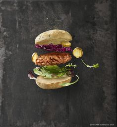 PJADAD is a design and art direction studio located in Stockholm, Sweden. Smoked Salmon Sandwich, Salmon Burgers, Healthy Food Choices, Healthy Recipes, Bbq, Seafood Dishes, Kraut, Sandwiches, Healthy Living