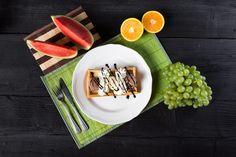 Jedlo - Gofry so šľahačkou a zmrzlinou