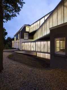National Glass Museum / bureau SLA