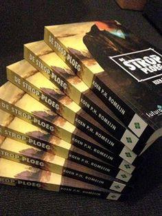 """Thrillzone over 'De Strop Ploeg' van Koen Romeijn: """"...voor liefhebbers van futuristische thrillers..."""".  In de scifi 'De Strop Ploeg' blijkt een bizar ongeval het begin van een reeks mysterieuze gebeurtenissen. #destropploeg #koenromeijn #thrillzone #thriller #scifi #futurouitgevers"""