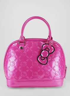 I so want this purse....Guess I have to go on and break down and buy one...