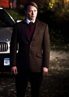 THIS IS THE BEST OUTFIT HANNIBAL HAS EVER WORN OH MY GOD I CAN FEEL MY OVARIES MELTING.