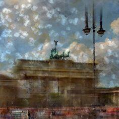 'City-Art BERLIN Brandenburger Tor II' von Melanie Viola bei artflakes.com als Poster oder Kunstdruck. Weitere Shops: http://www.melanieviola-fotodesign.de/shops-kunst-kaufen.html