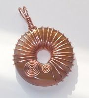 Perfectly Twisted Handmade Wire Wrapped Beaded and Gemstone Jewelry: Reversible Carnelian and Copper Wire Wrapped Donut Pendant TUTORIAL
