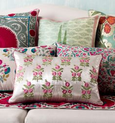 TEXTURES & BLOOMS Continuing our tribute to Central Asia's enchanting #ParadiseGardens, the 'Samarqand Bagh' cushion story is a confluence of craft and culture. Each cushion has its own story to tell. The textiles feature boldly embroidered #Mughal 'butahs' & #suzani motifs & floral weaves on silk, linen, velvet & brocade in #MadderRose, leaf green, cream & soft aquamarine with pops of red. Discover 'Samarqand Bagh' on our #WebBoutique #SilkRoute #Samarqand #CentralAsia