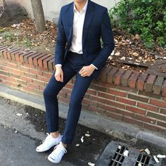 Korean Fashion Men, Ulzzang Fashion, Dope Fashion, Mens Casual Suits, Mens Fashion Suits, Men Dress Up, Birkenstock Outfit, Trendy Outfits, Fashion Outfits