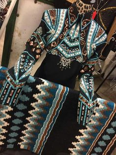 Western pleasure show shirt. Show fashion. Horsemanship.